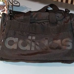Adidas carry tote